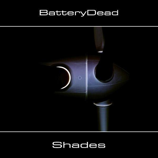 Shades, le troisième album de BatteryDead / source : syngate.net